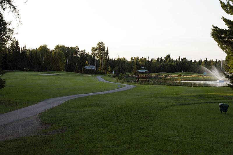 Golf Belvédère trou 2